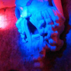 Zeus is angry?Yep He cannot fall asleep!  #bluelight #lighting #blue #installation #londonevening #londonnighlife #art #dovemenoteloaspetti #sleep #circadianrhythm #Zeus #lightingdesigner