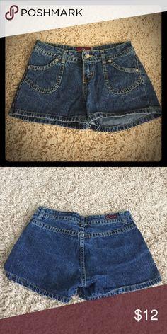 Jordache shorts size 3/4 Blue denim Jordache shorts. Size 3/4 jordache Shorts