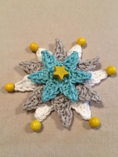 Instructions: crochet simple star - crochet fever - After larger crochet projects, it& nice to make a nice little piece in between. Knitting Designs, Knitting Patterns, Crochet Patterns, Crochet Simple, Double Crochet, Embroidery On Clothes, Hand Embroidery, Crochet Stars, Crochet Decoration