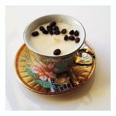 Inspiration Velas de Soya (@inspiration.designlab) • Instagram photos and videos Panna Cotta, Tea Cups, Instagram, Tableware, Videos, Ethnic Recipes, Photos, Inspiration, Food
