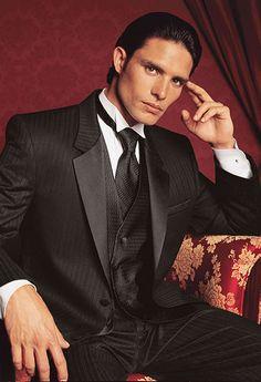 Rent Designer Men's Clothes Dresses Groomsmen Men