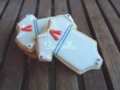 Darling sailor onesie cookies by Bambella Cookies Onesie Cookies, Baby Cookies, Baby Shower Cookies, Iced Cookies, Cute Cookies, Royal Icing Cookies, Cupcake Cookies, Sugar Cookies, Baptism Cookies