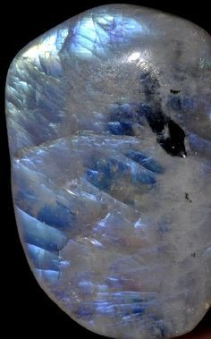 The meaning of moonstone is closely tied to the moon. Just like the moon influences the earth and its inhabitants so does the moonstone. It has been used as a stone of protection for travelers all over the world. It is mostly know as a stone for love Minerals And Gemstones, Rocks And Minerals, Mineral Stone, Rocks And Gems, Stones And Crystals, Gem Stones, Gemstone Colors, Healing Stones, Moonstones