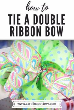 Learn how to tie a beautiful double ribbon bow with this video tutorial! You'll love this easy DIY project so you can start making your own bows for your craft and floral projects! Diy Bow, Diy Ribbon, Ribbon Crafts, Ribbon Bows, Ribbon Hair, Hair Ribbons, Ribbon Flower, Tying Bows With Ribbon, Fabric Flowers