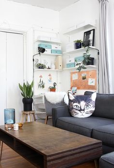 It's so easy to create a Scandinavian workspace in your rental apartment.