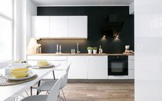 Compact Living: One Bedroom Apartment in Sweden Diy Interior, Interior Design Kitchen, Black Kitchens, Home Kitchens, Kitchen Black, New Kitchen, Kitchen Dining, Cocinas Kitchen, Compact Living
