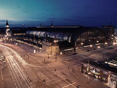 Hamburg Hauptbahnhof @night