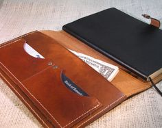 Handmade Belt Buckles, Leather Belts, Wallets, Leather Bracelets | Art House Plaid-SR