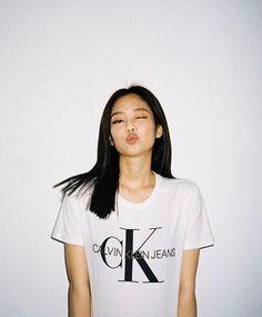 Jennie x Calvin Klein Kim Jennie, South Korean Girls, Korean Girl Groups, Blackpink Twitter, Calvin Klein, Black Pink, Blackpink Photos, Pictures, Jeans
