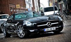 ❦ manchannel:  Mercedes-Benz SLS