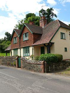 Cottages by Lutyens, Shere - E.L. Lutyens