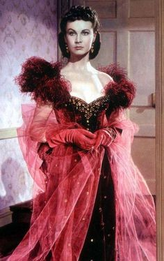 """So Hollywood Chic: The Century: Civil War Era - mid - Scarlett (Vivien Leigh) arrives at a party in this fierce red gown with tulle """"Gone with the Wind"""", 1939 Scarlett O'hara, Vivien Leigh, Vintage Hollywood, Hollywood Glamour, Hollywood Actresses, Classic Hollywood, Style Année 20, Actrices Sexy, Actrices Hollywood"""