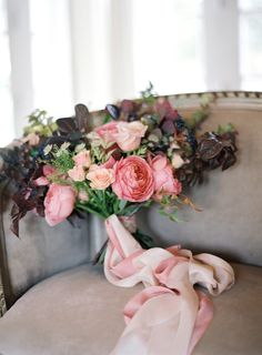 Rose and berry wedding bouquet: http://www.stylemepretty.com/2017/04/24/pretty-in-pink-wedding-inspiration/ Photography: Christine Donee - http://www.christinedonee.com/