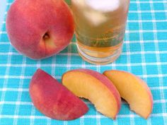 Peach Pie infused water - just 2 ingredients (fresh peaches and heavenly vanilla beans) makes 2 quarts of thirst-quenching goodness.