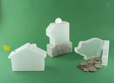 Liquidationprice.com - Piggy Saving Bank, $0.25 (http://www.liquidationprice.com/products/Piggy-Saving-Bank.html)