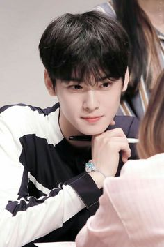 Listen to every Astro track @ Iomoio Handsome Korean Actors, Handsome Boys, K Pop, F4 Boys Over Flowers, Cha Eunwoo Astro, Lee Dong Min, Cute Korean Boys, Korean Men, Lee Soo