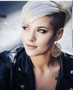 Frauen sidecut frisuren Cut Frisuren