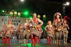 É conhecido pelo nome de xaxado um ritmo e dança típicos do nordeste do Brasil, com raiz nos costumes do