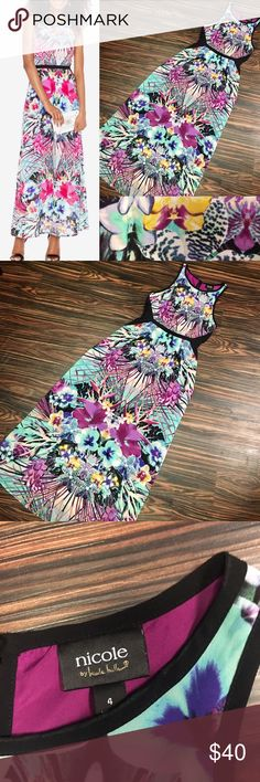 EUC Nicole by Nicole Miller maxi dress Beautiful tropical maxi dress with zipper back, and adjustable tie. Perfect for spring and summer. EUC Dresses Maxi