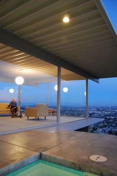 Built by Pierre Koenig in Los Angeles, United States with date 1959. Images by Flickr User: dalylab. The Case Study House Program produced some of the most iconic architectural projects of the 20th Century, but none mo...