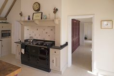 Thomas & Thomas design philosophy stems from an understanding of the role of the kitchen within modern family life.