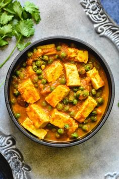 This Matar Paneer features spongy paneer cubes and tender green peas simmered in a richly spiced tomato-onion sauce ready in 30 minutes. #matarpaneer #mutterpaneer #vegetarian Paneer Recipes, Veg Recipes, Curry Recipes, Indian Food Recipes, Cooking Recipes, Indian Vegetarian Recipes, Punjabi Recipes, Vegetarian Recipes Videos, Delicious Recipes