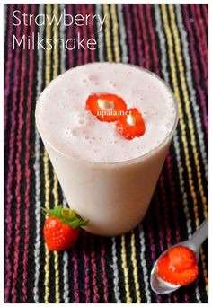 http://www.upala.net/2015/01/strawberry-milkshake.html
