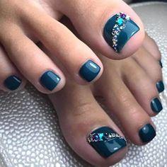 Teal Nail Designs, Pedicure Designs, Manicure E Pedicure, Pedicure Ideas, Summer Toenail Designs, Pretty Toe Nails, Cute Toe Nails, Toe Nail Art, Acrylic Nails