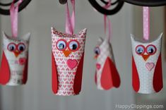 Valentine Owl's made out of toilet paper or paper towel rolls. Cute craft idea for kids!
