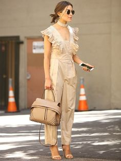 There's+Another+Olivia+in+Town,+and+Her+Polished+Style+Is+Pitch+Perfect+via+@WhoWhatWearUK