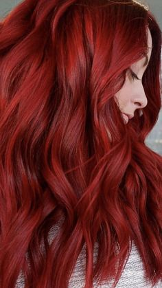 Fire rocket red hair🔥 Source by cheyDAnti red Hair makeup Warm Red Hair, Red Hair Looks, Fire Hair Color, Dyed Red Hair, Hair Dye, Red Hair Makeup, Fall Hair Colors, Hair Colours, Blue Acrylic Nails