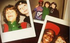 32 photos of the stranger things cast hangin' out behind the scenes Stranger Things Tattoo, Stranger Things Kids, Stranger Things Season 3, Stranger Things Aesthetic, Stranger Things Netflix, Collage Des Photos, Photos Du, Caleb, Behind The Scenes