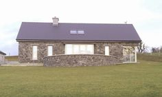 Toomevara 2010 by Darragh Quinn Architects Dry Stone, Stone Walls, House Extensions, Bungalows, New Builds, Proposal, Modern Farmhouse, Architects, Basement
