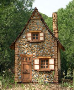 1000 images about small cottages cabins on pinterest for Small stone cottage