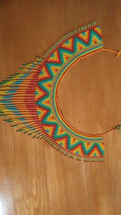 This Pin was discovered by Hat Beading Projects, Beading Tutorials, Beading Patterns, Beaded Jewelry Designs, Seed Bead Jewelry, Handmade Jewelry, Native American Beadwork, Beaded Collar, Loom Beading