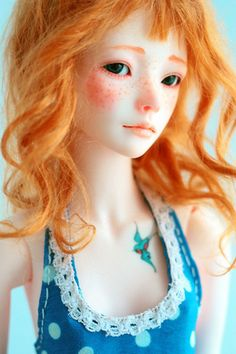 Red hair jointed doll, cute little bird tattoo <3 #pullip #obitso #barbie