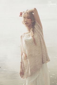 151008 SNSD Taeyeon First Solo Album <I> photo book