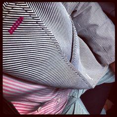 derby day, vertical stripe