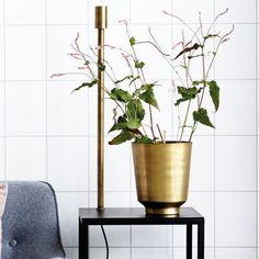 Vase en laiton House Doctor - Le RepèRe des BeleTtes