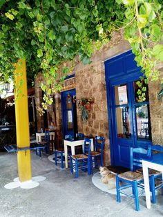 #vonitsa #greece #ελλαδα #traveltogreece #holidays #grecia #gr #travelpics #vacations #visitgreece #traveltogreece Outdoor Chairs, Outdoor Furniture, Outdoor Decor, Travel Pics, Greece, Restaurants, Country, Places, Beautiful