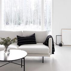 """856 Likes, 9 Comments - Tiina Ilmavirta (@designwash) on Instagram: """"Siihen sit vaan pötköttää 😌 Let's go lazy #olohuone #livingroom #minimalism #1kertaa2 #hakola…"""""""