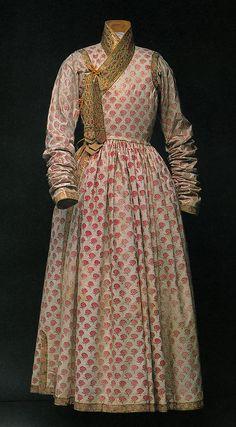 Robe c1650-99 - painted cotton, India. NOT designed for European market. Metropolitan Museum of Art: