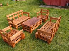 Pallet Wood Garden Seating Set