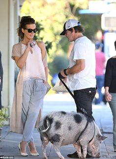 Kate Beckinsale.. long cardi + pink floaty blouse + Max Mara Weekend Uovo Trousers + Saint Laurent Betty Mini Bag..... - Celebrity Fashion Trends