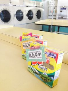 Sparkle: Random acts of kindness! Laundry soap and quarters left at the laundromat!