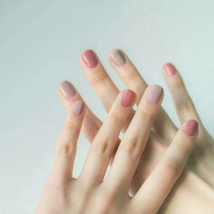 Rose and taupe nails