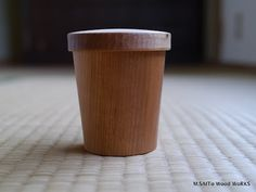 蓋付きの木のコップ | M.SAITo Wood WoRKS [Ahh. Simple makes an appearance.. Lovely proportion]