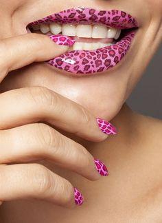 Pink Nails Design.