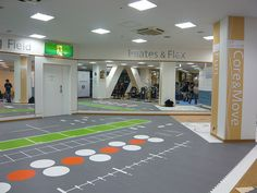 Rubber flooring for functional training facilities. Clinic Design, Gym Design, Gym Flooring Tiles, Rubber Flooring, Sport Studio, Personal Training Studio, Fitness Facilities, Floor Plan Layout, Sport Craft