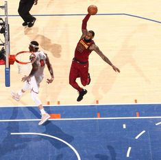 official photos 059bf 364ab LeBron James dunking against the Knicks - April 2018